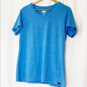🌼🌼🌼 REI Womens Sky Blue T-shirt L